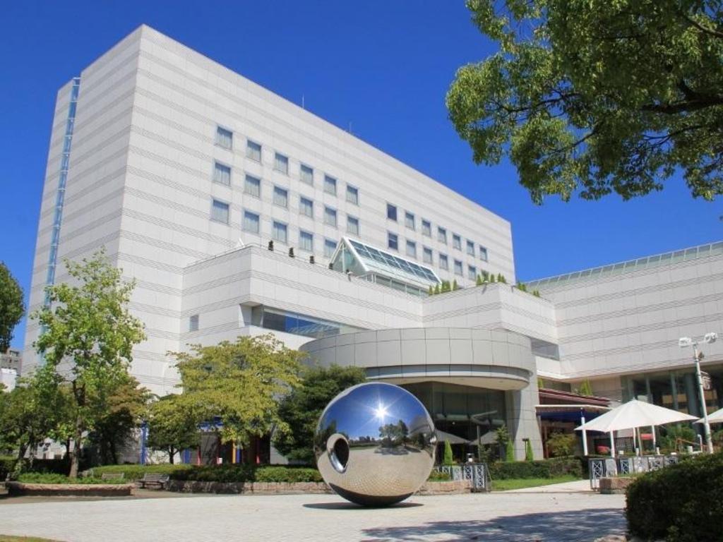広島市文化交流会館 (Hiroshima ...