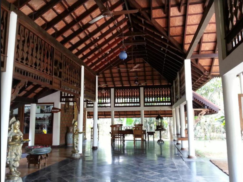 Lobby Punnamada Resort
