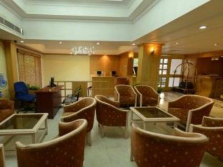 Lobi Royal Regency Hotel