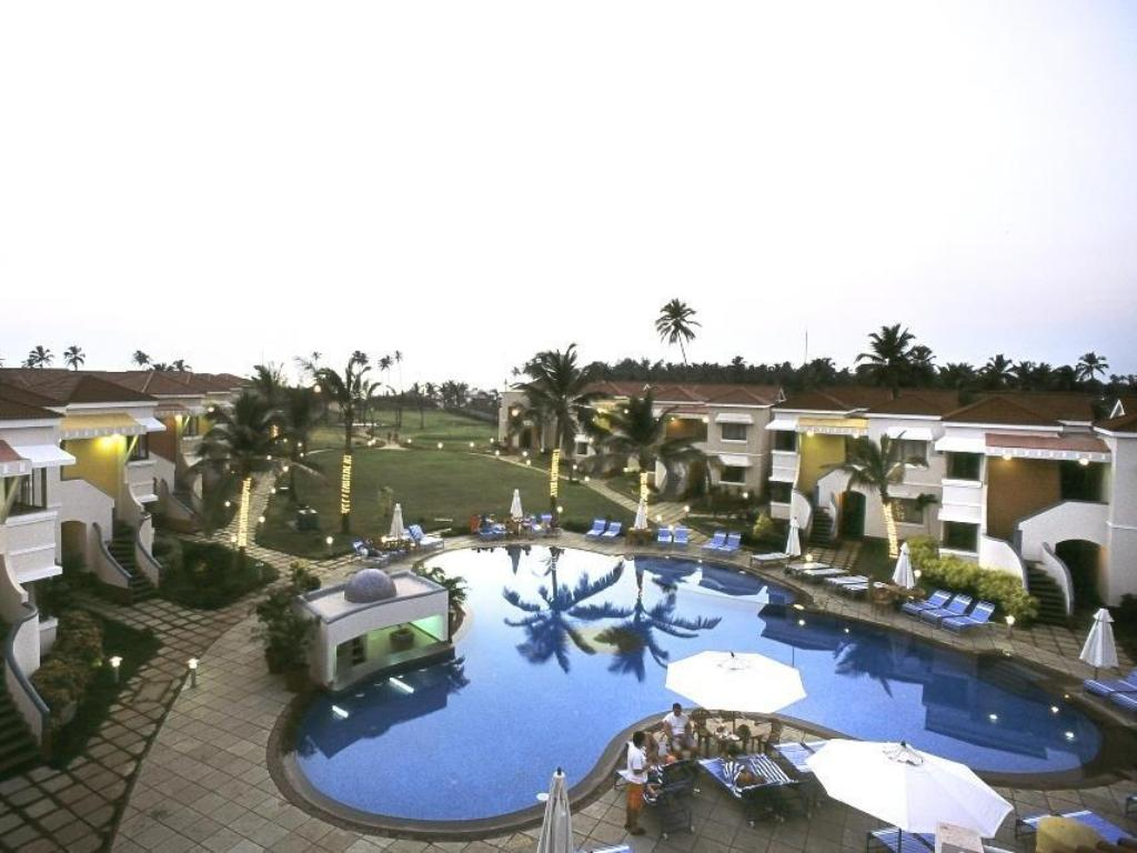 Swimming Pool Outdoor Royal Orchid Beach Resort Spa Goa