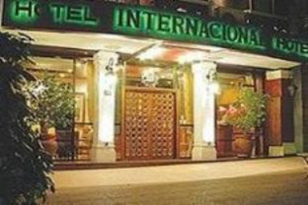 More about Hotel Internacional