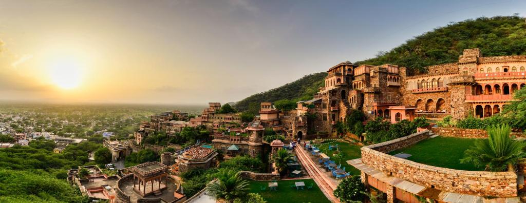 Neemrana Fort-Palace Hotel (Alwar) - Deals, Photos & Reviews