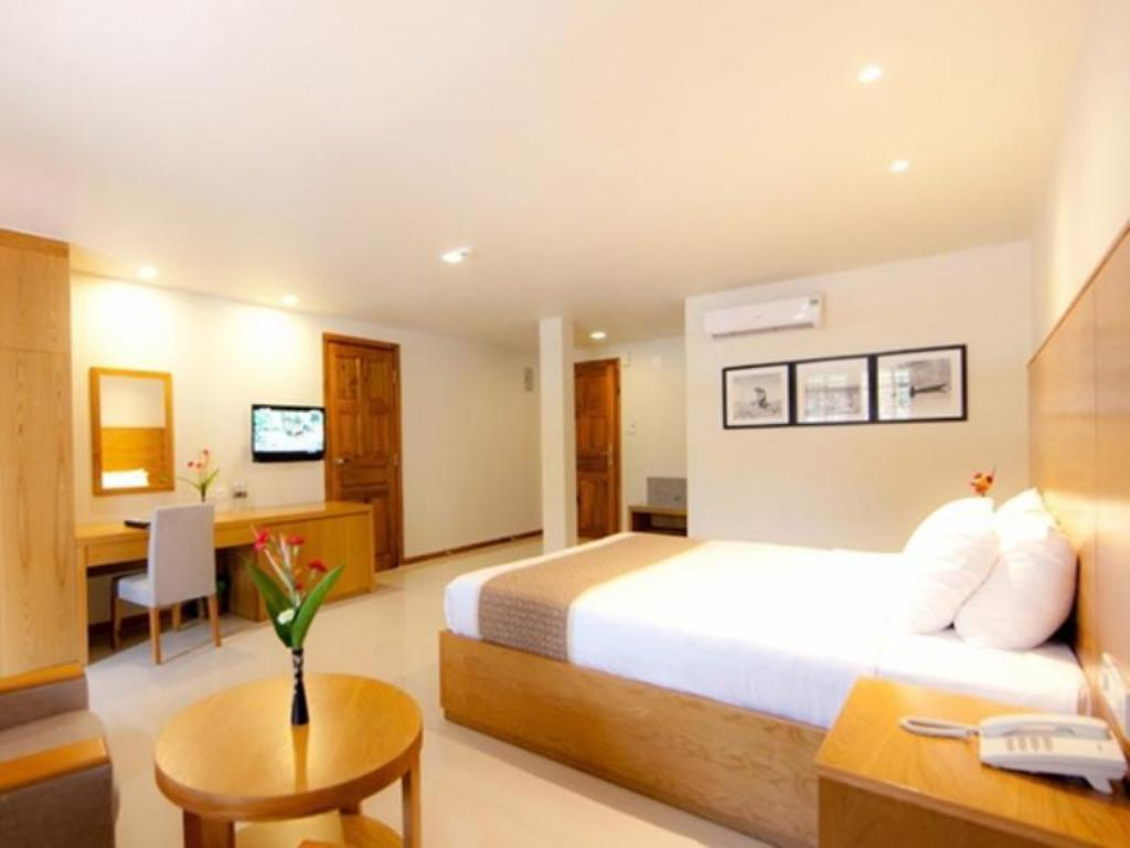 Superior Double - Guestroom Long Beach Resort - Phu Quoc Island