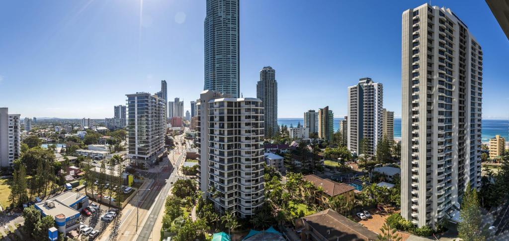 Se alle 33 bilder Artique Surfers Paradise Resort