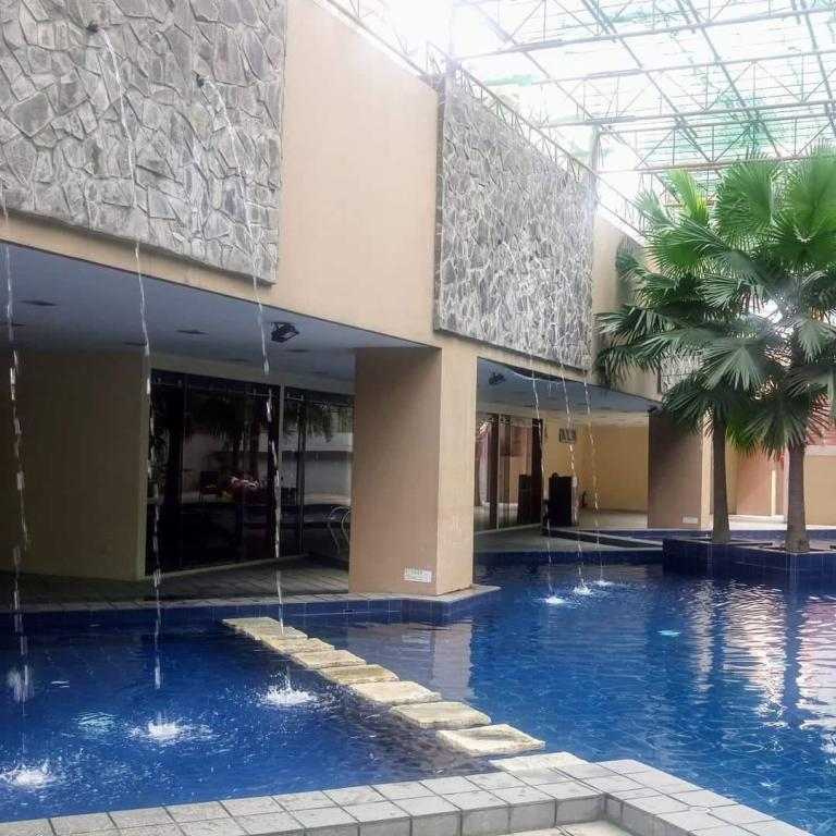 Swimming pool Fully furnished condo for staycation