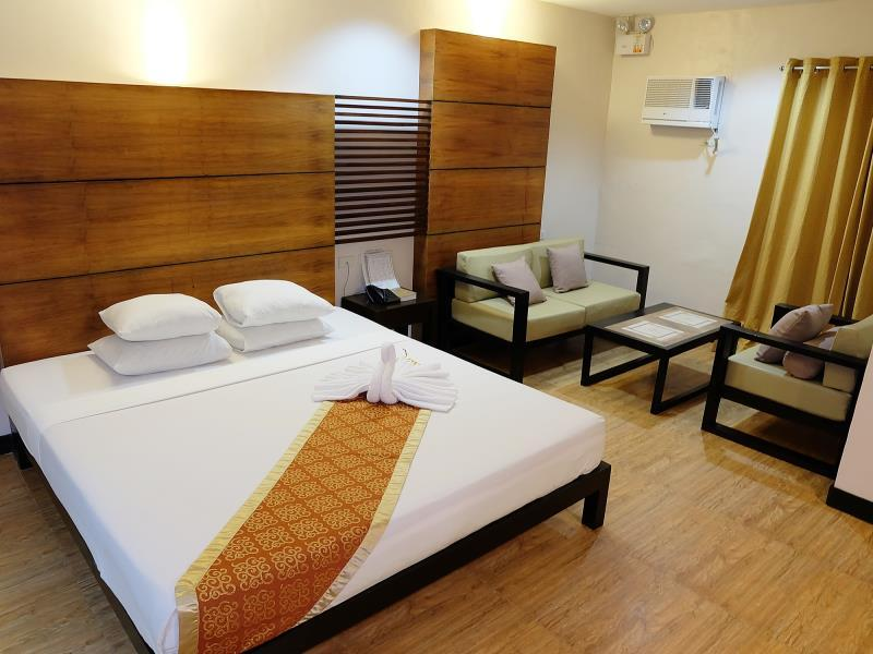 East Building Premier Super Deluxe Room with Double Bed