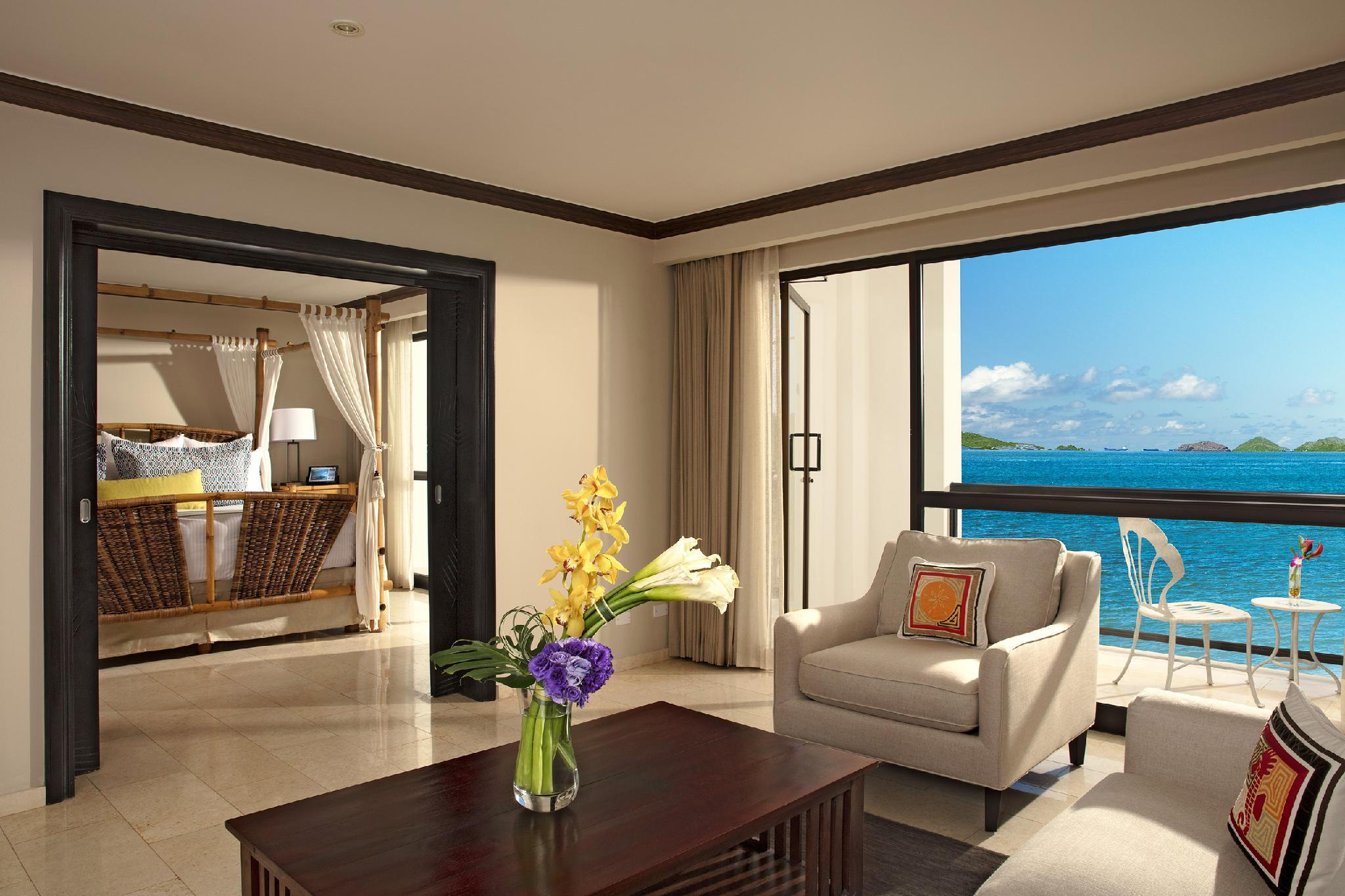 Preferred Club One-Bedroom Presidential Suite Oceanview