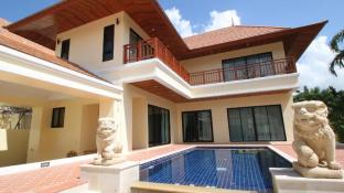 Bang Saray Pool Villa by Pattaya Sunny Rentals