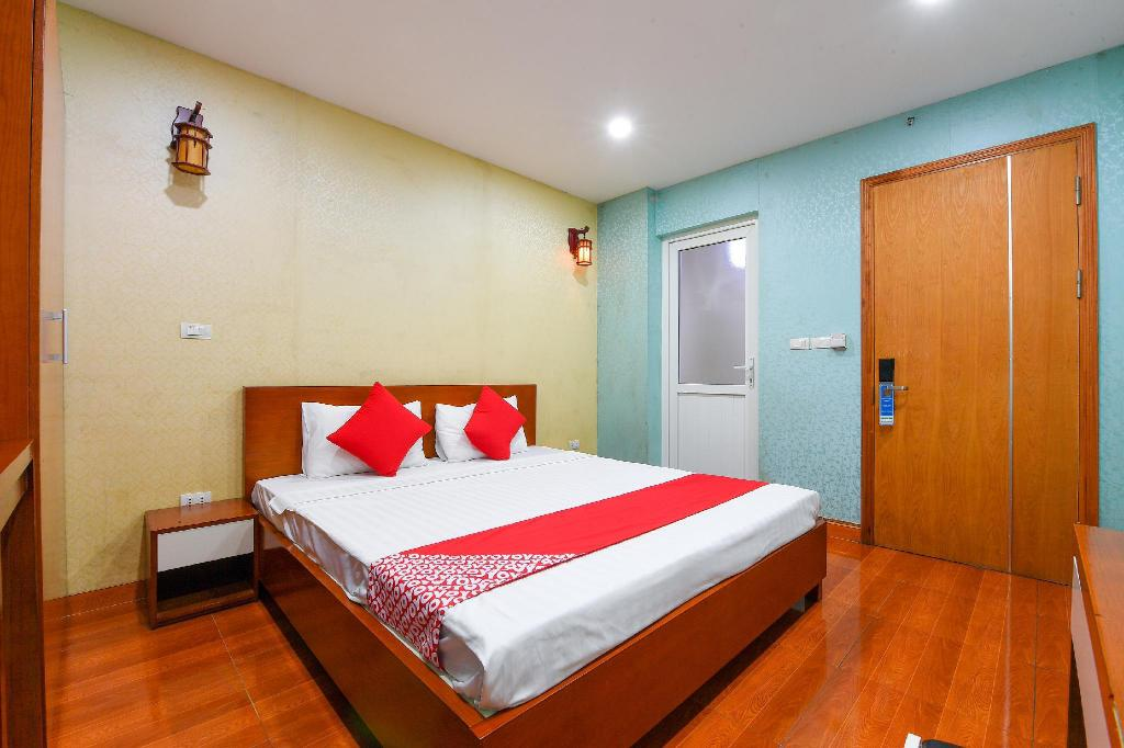 Standard Double Room - Bed OYO 241 Hp Home Hotel