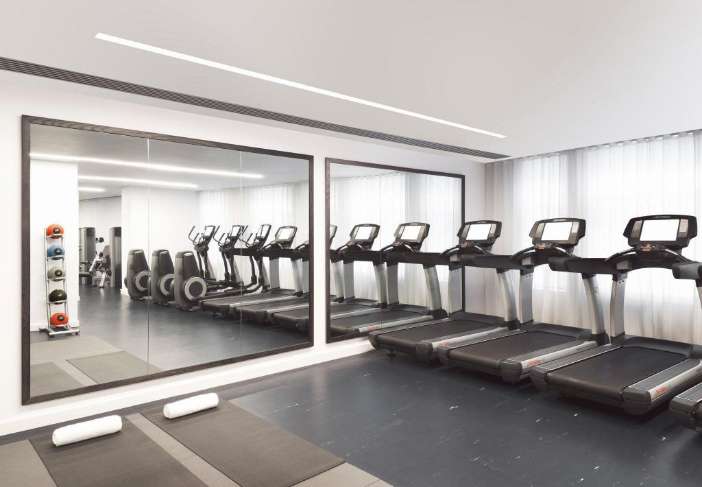 Fitness center The London EDITION