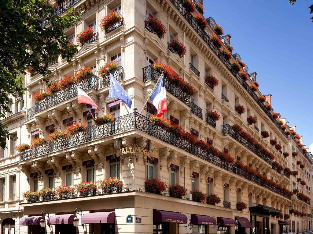 Sofitel paris baltimore tour eiffel in france room deals for Hotel baltimore paris
