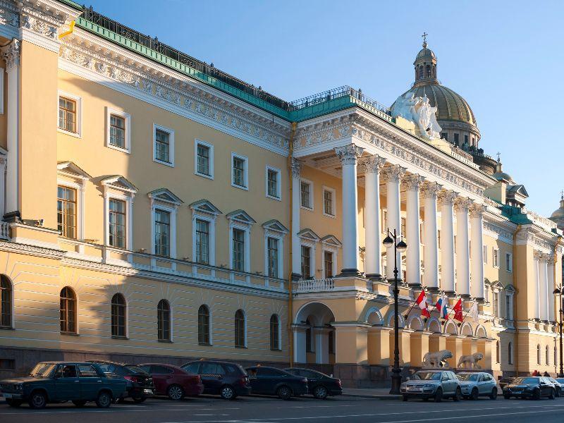 Polyclinic 17 Krasnogvardeisky district in St. Petersburg: address, description, reviews 81