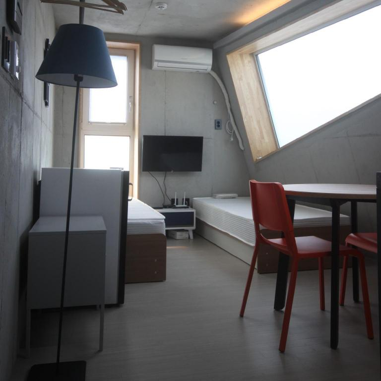 #501, siwoo airbnb. (For your private place)
