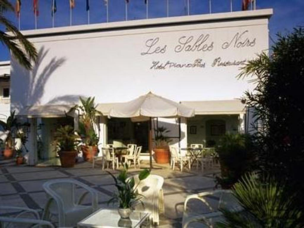 More about Hotel Les Sables Noirs