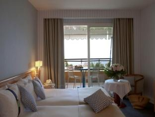 2 Double Beds Premium Sea View Non-Smoking