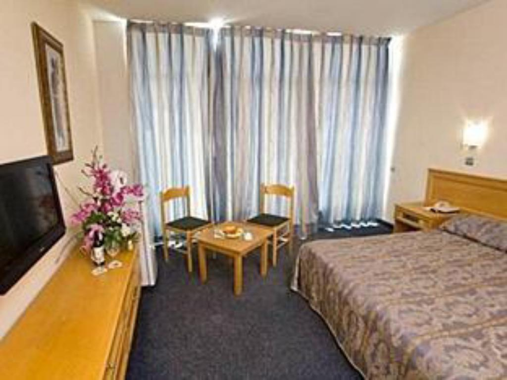 Standard Double or Twin Room with Balcony - Guestroom C Hotel Eilat