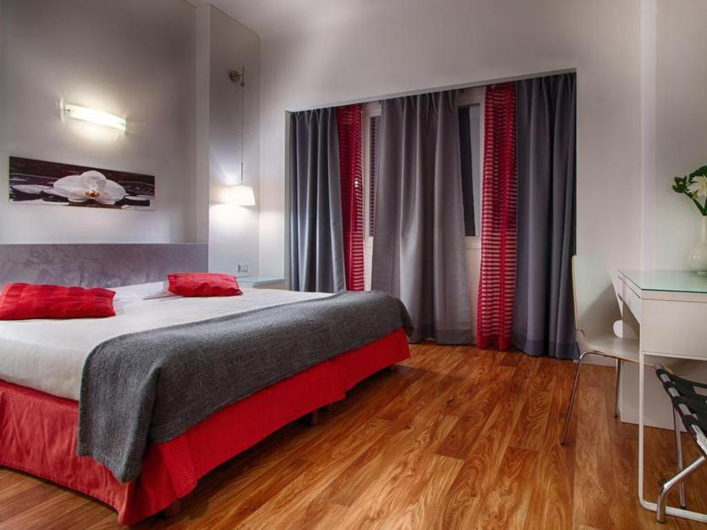 More About Hotel Raganelli