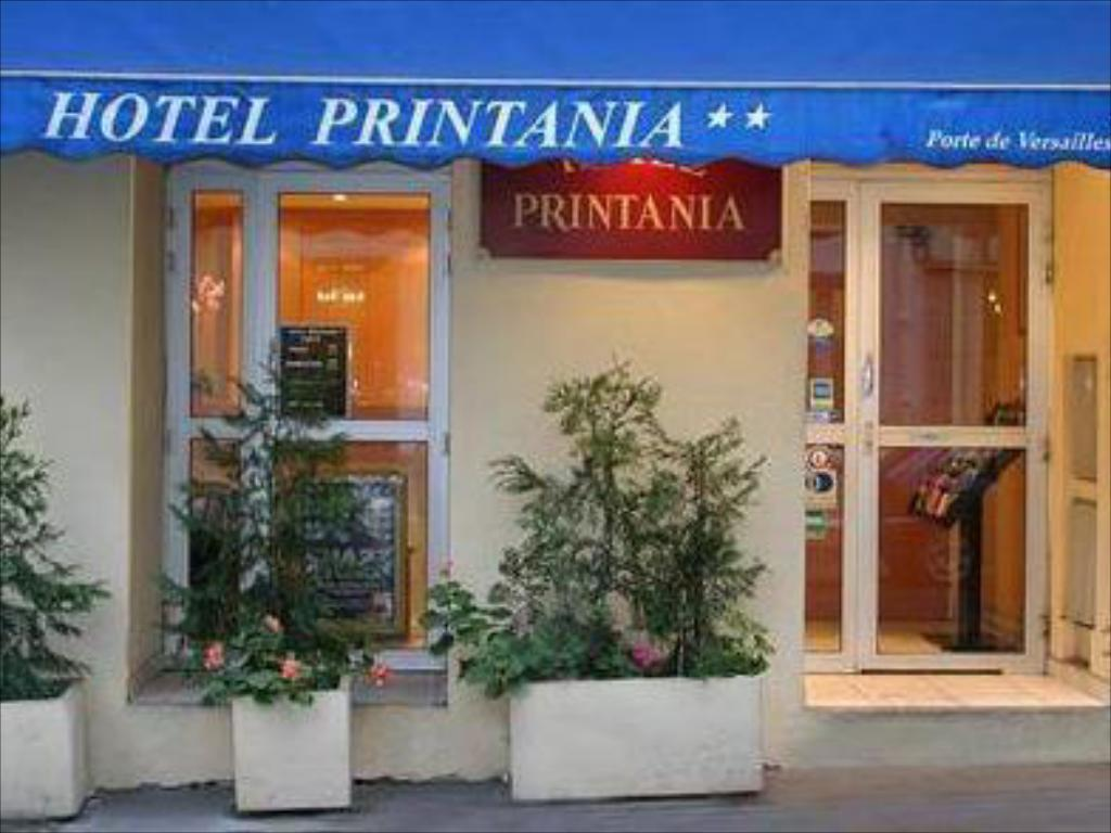 Best Price on Printania Porte de Versailles in Paris + Reviews