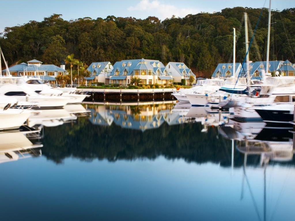 أنتشوراج بورت ستيفينز (Anchorage Port Stephens)