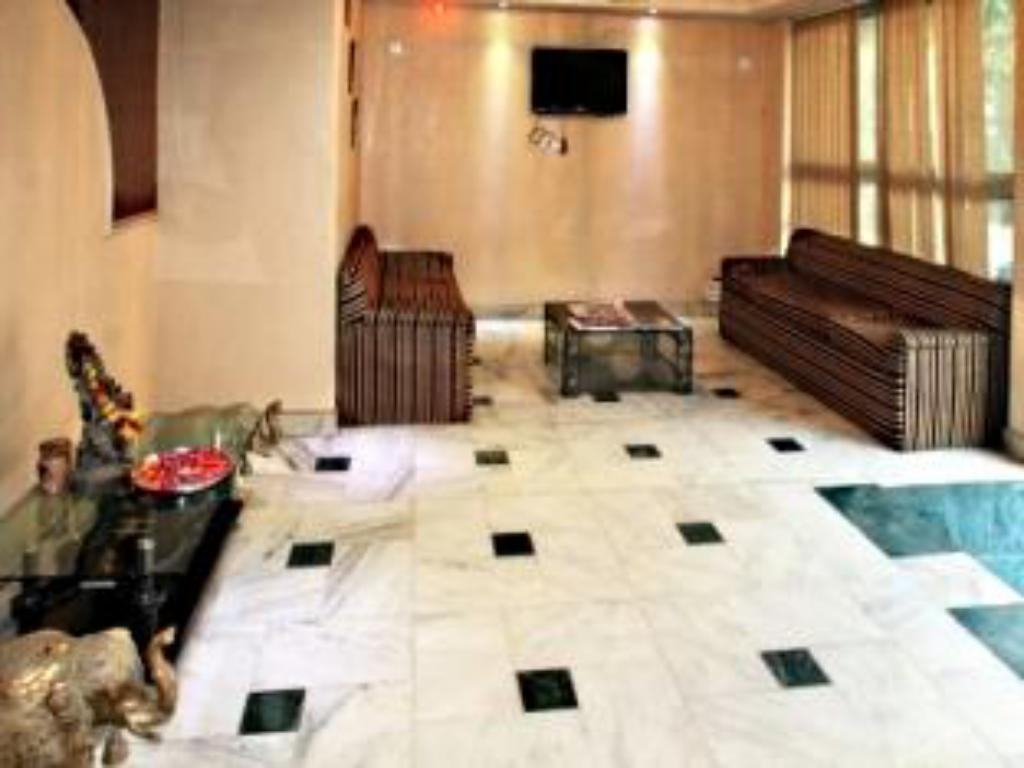 Lobby Hotel Welcome Palace Karol Bagh
