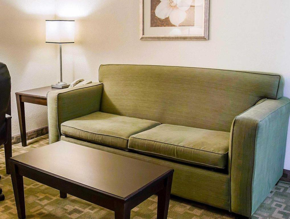 Interior view Clarion Inn & Suites At International Drive