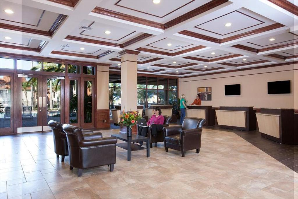 Lobby Legacy Vacation Resorts- Orlando