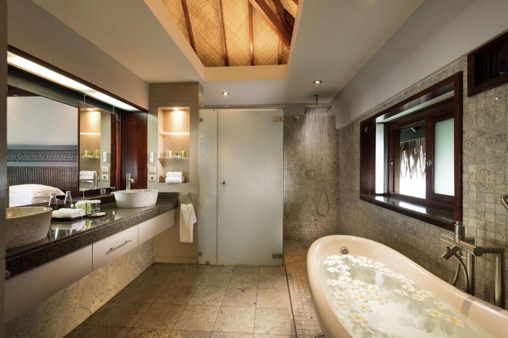 Best Price On Hilton Moorea Lagoon Resort Spa In Moorea