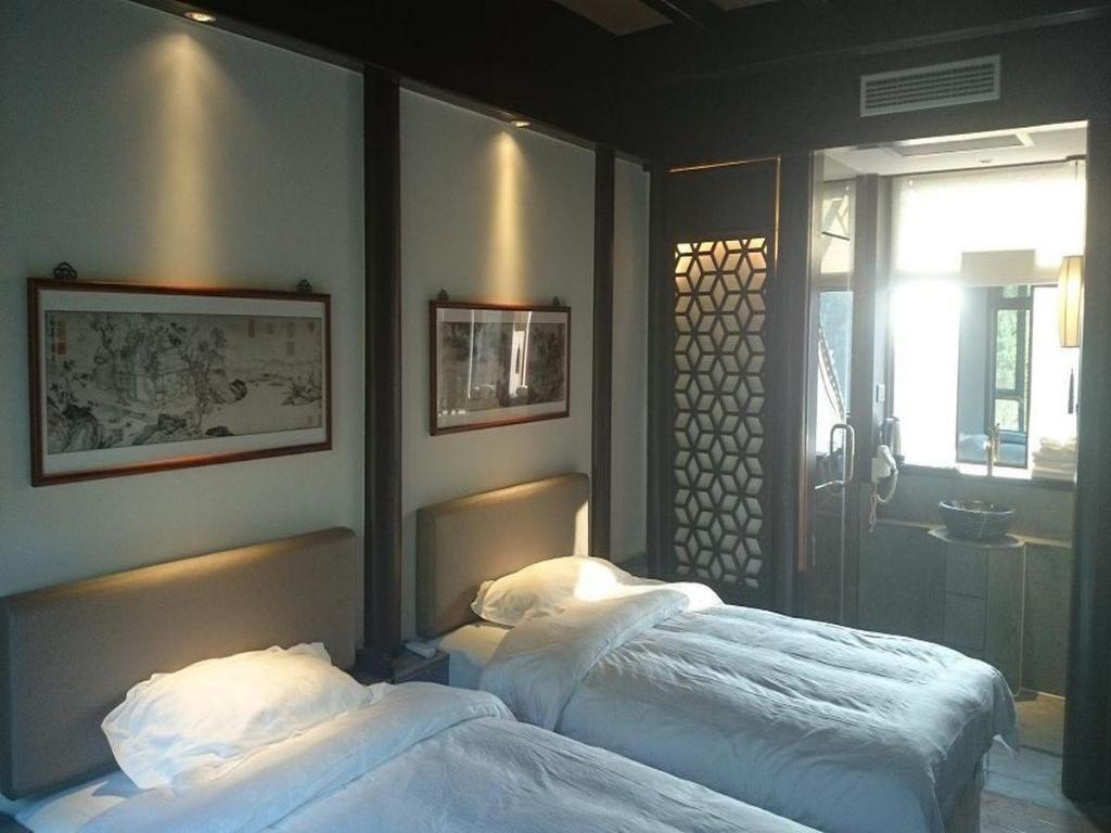 Chinese Style Twin Room Taichi Hotel