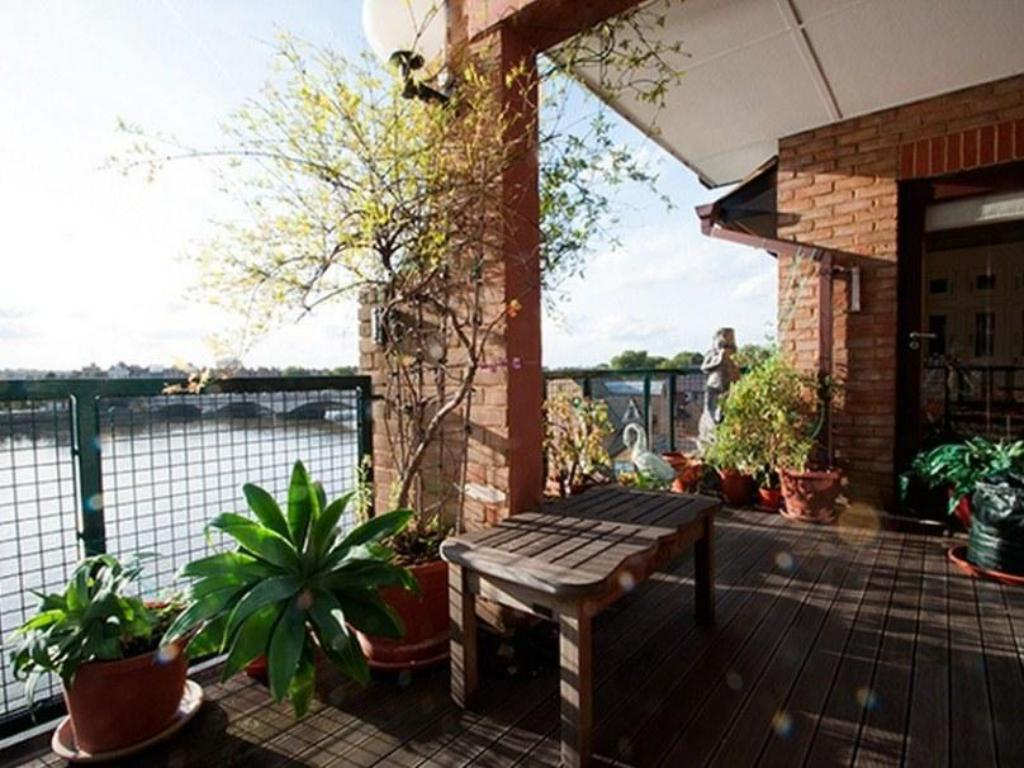 Alle 52 ansehen Veeve  Penthouse Putney Bridge with River Views