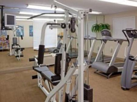 Fitnesa centrs Candlewood Suites Boston-Braintree