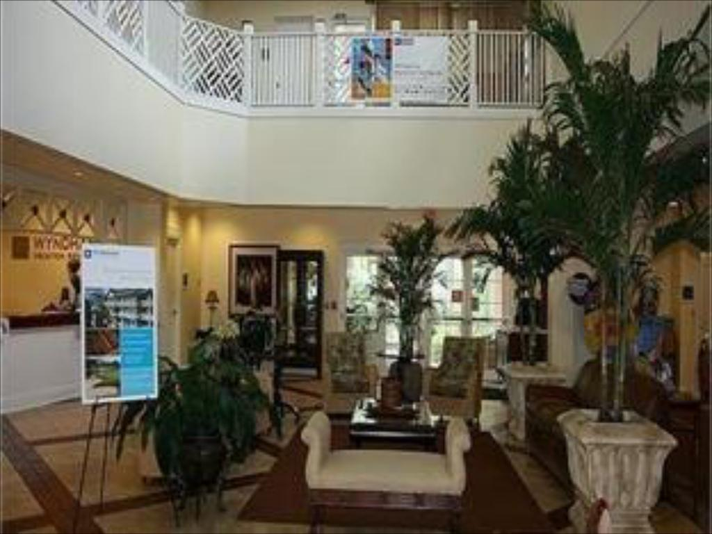 Lobby Wyndham Cypress Palms