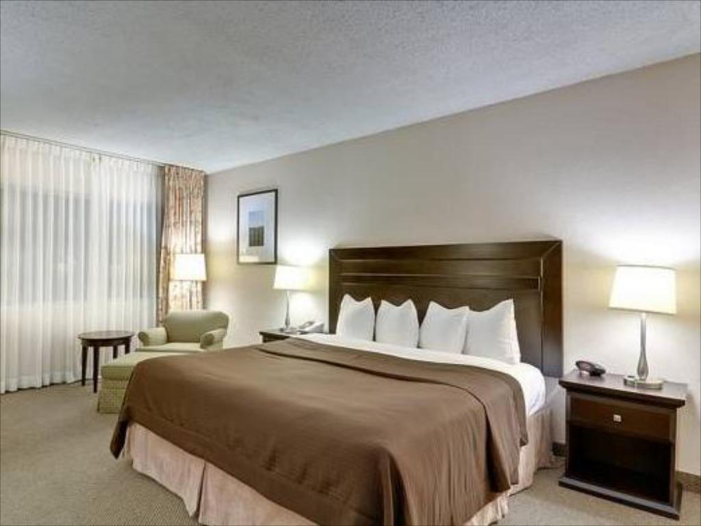 Quarto King - Cama Best Western Plus Inn of Ventura