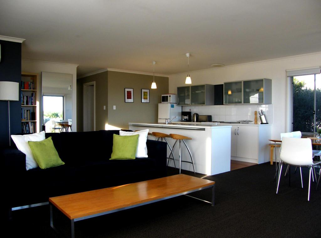 Coorong waterfront retreat for Waterfront retreat
