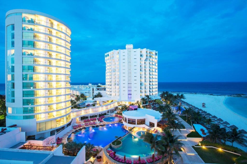 Reflect Krystal Grand Cancun All Inclusive In Mexico Room Deals