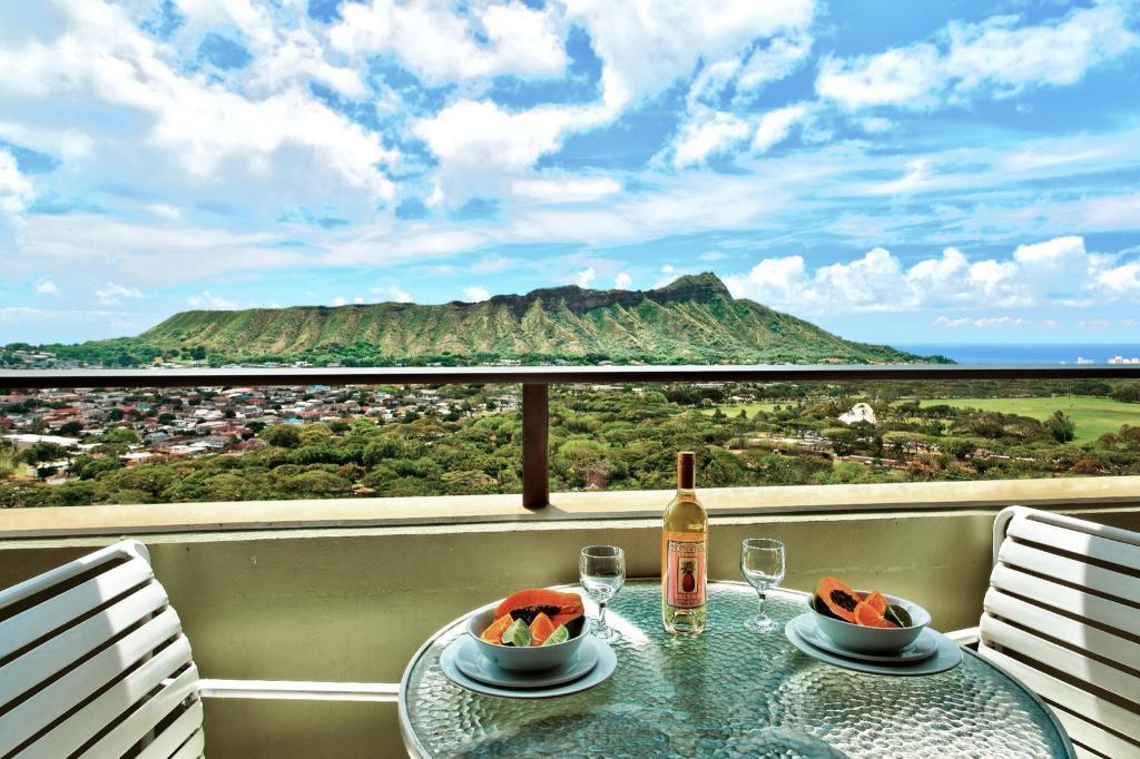 Aston Waikiki Sunset Resort Honolulu Hi 2021 Updated Deals 108 Hd Photos Reviews