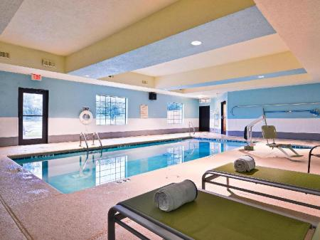 Peldbaseins Best Western Plus Savannah Airport Inn and Suites