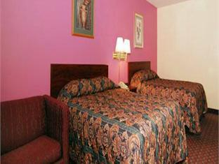 Quarto Duplo 2 Camas de Casal - Fumador (Double Room with Two Double Beds - Smoking)