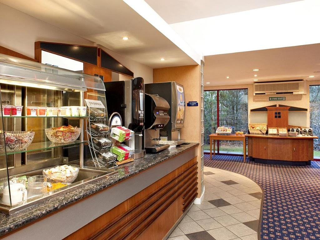 Бюфет Holiday Inn Express Greenock