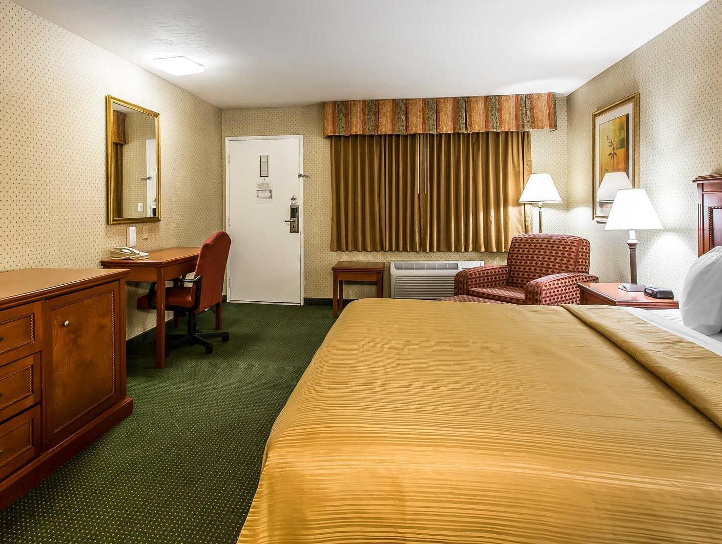Book Quality Inn Near China Lake Naval Station  Ridgecrest