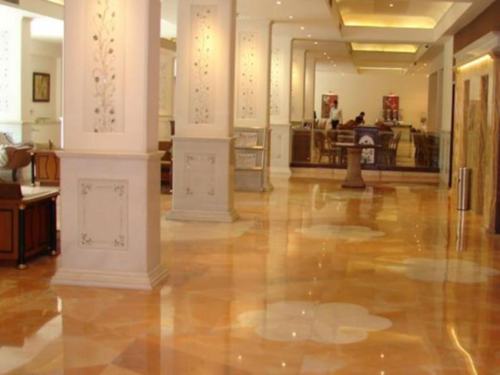 Interior view Mansingh Palace Hotel Agra