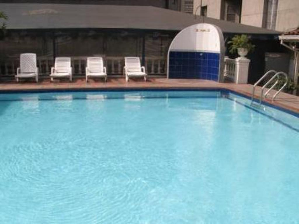 Swimming pool Hotel Nutibara