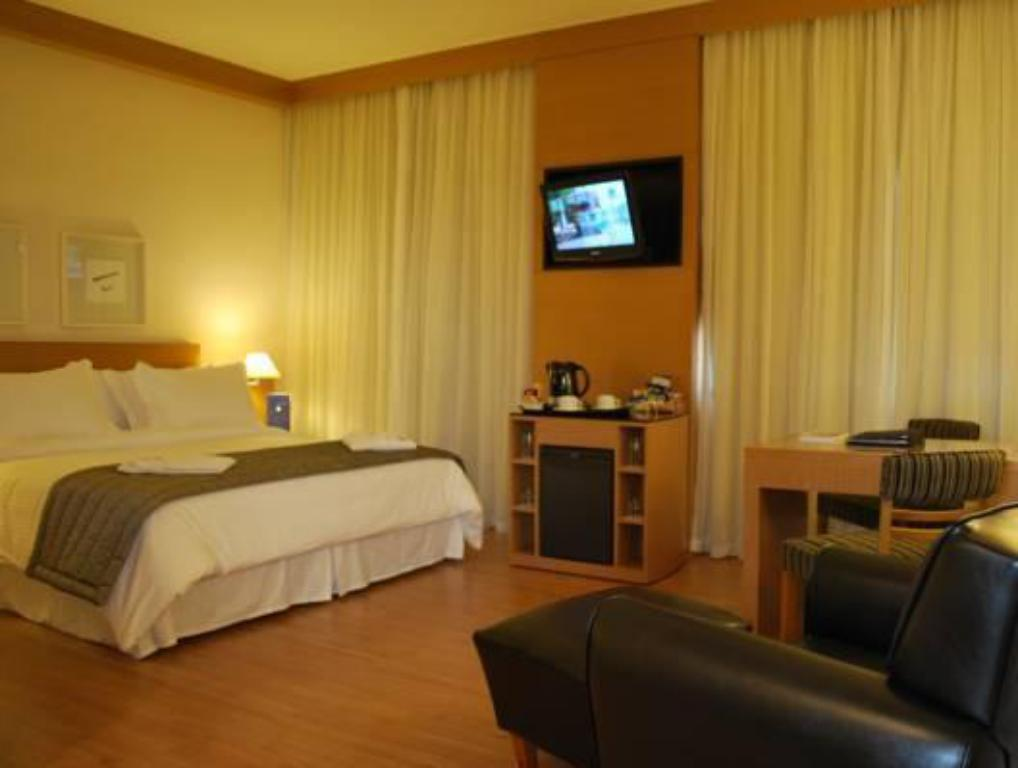 Premium Room Queen Bed TRYP Tatuape Hotel