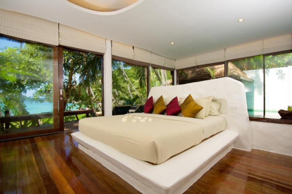 Koi Pool Villa - Bed