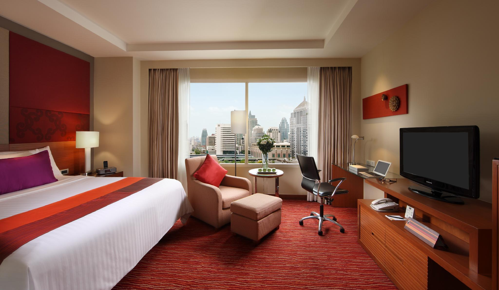 Executive, Executive lounge access, Guest room, City view