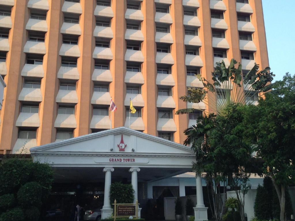 Grand Tower Inn Sukhumvit 55 Hotel