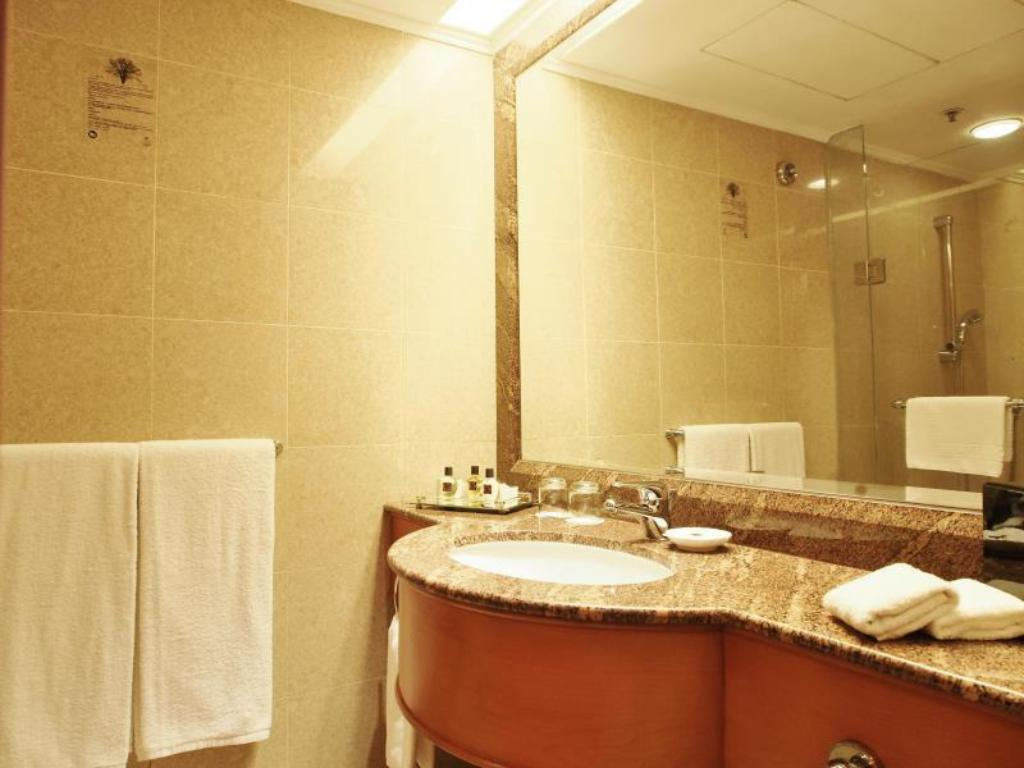 Banyo Harbour Plaza North Point Hotel