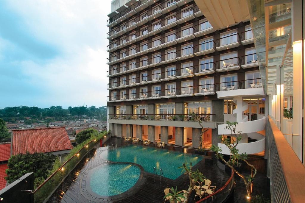 The 1o1 Bogor Suryakancana Booking Deals Agoda Com Best