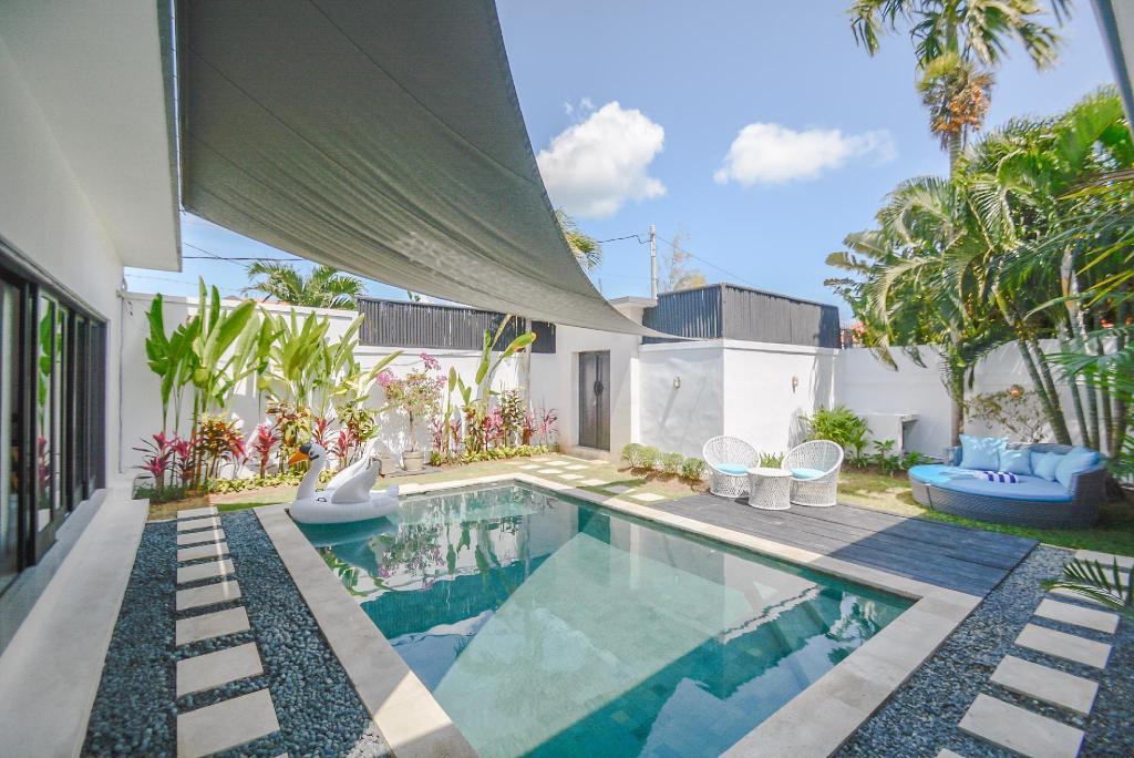 Best Price On Modern Luxury Villa In Seminyak Private Pool In Bali Reviews