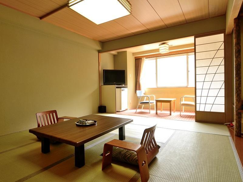 Japanese Style Room for 5 People with Private Bathroom - Non-Smoking