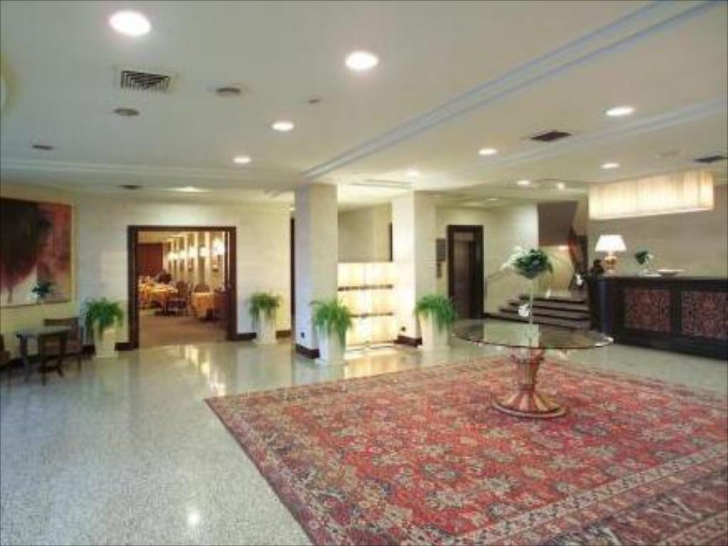 Interior view Perugia Plaza Hotel